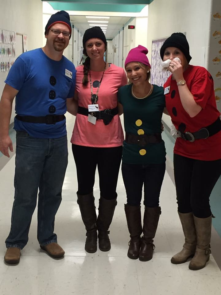 List of Best Ever Grade Level Costumes - Dwarfs Teacher Costumes  sc 1 st  Keeping Up with Mrs. Harris & List of Best Ever Grade Level Costumes - Keeping Up with Mrs. Harris